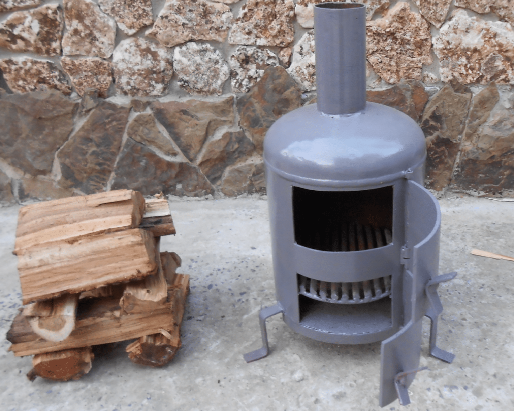 Печь на дровах для гаража