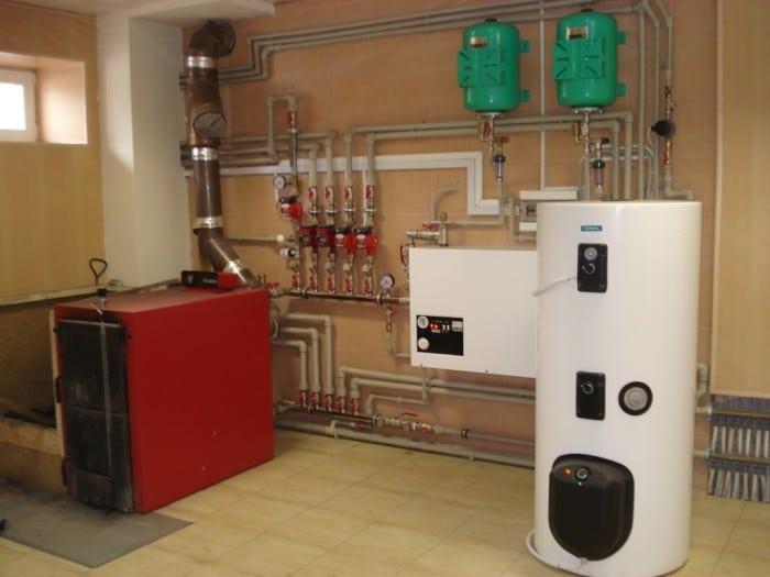 Газовый и твердотопливный котел в одной системе