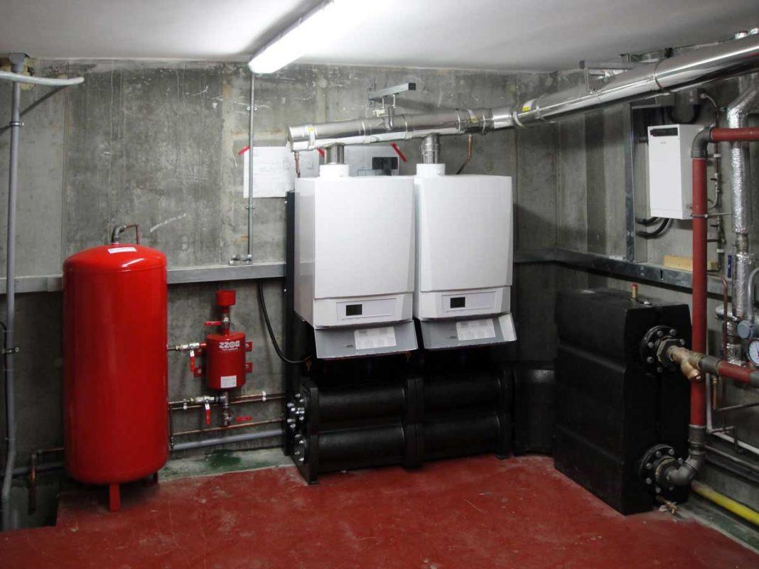 Как долить воду в систему отопления
