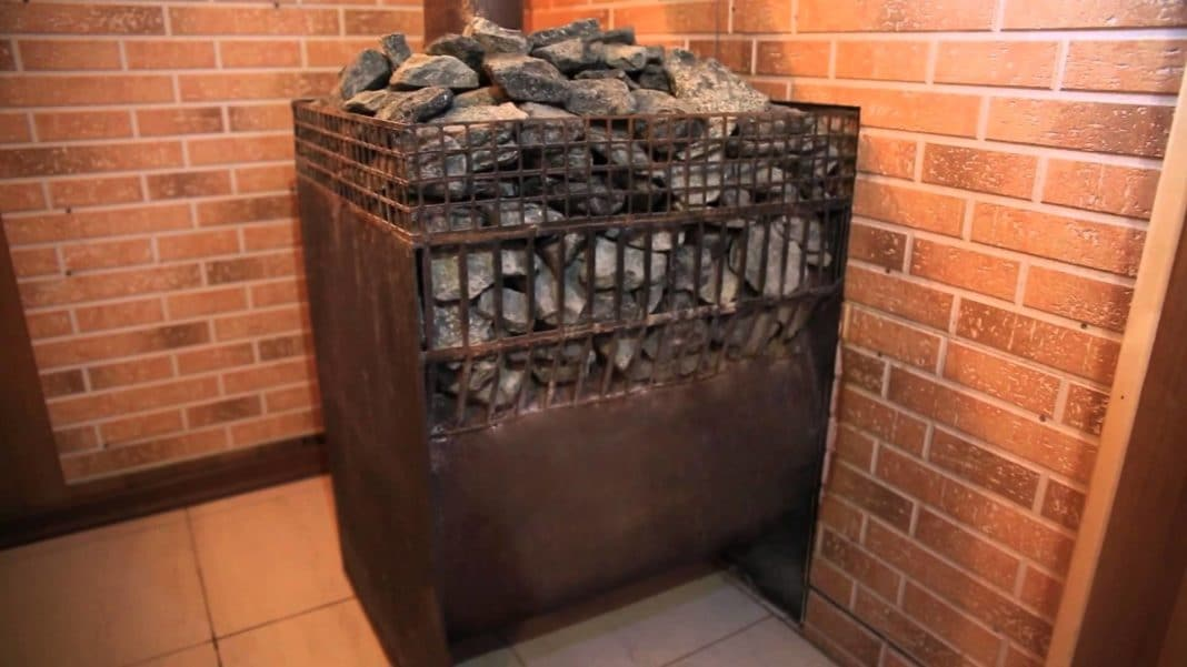 Установка печки в бане на деревянный пол