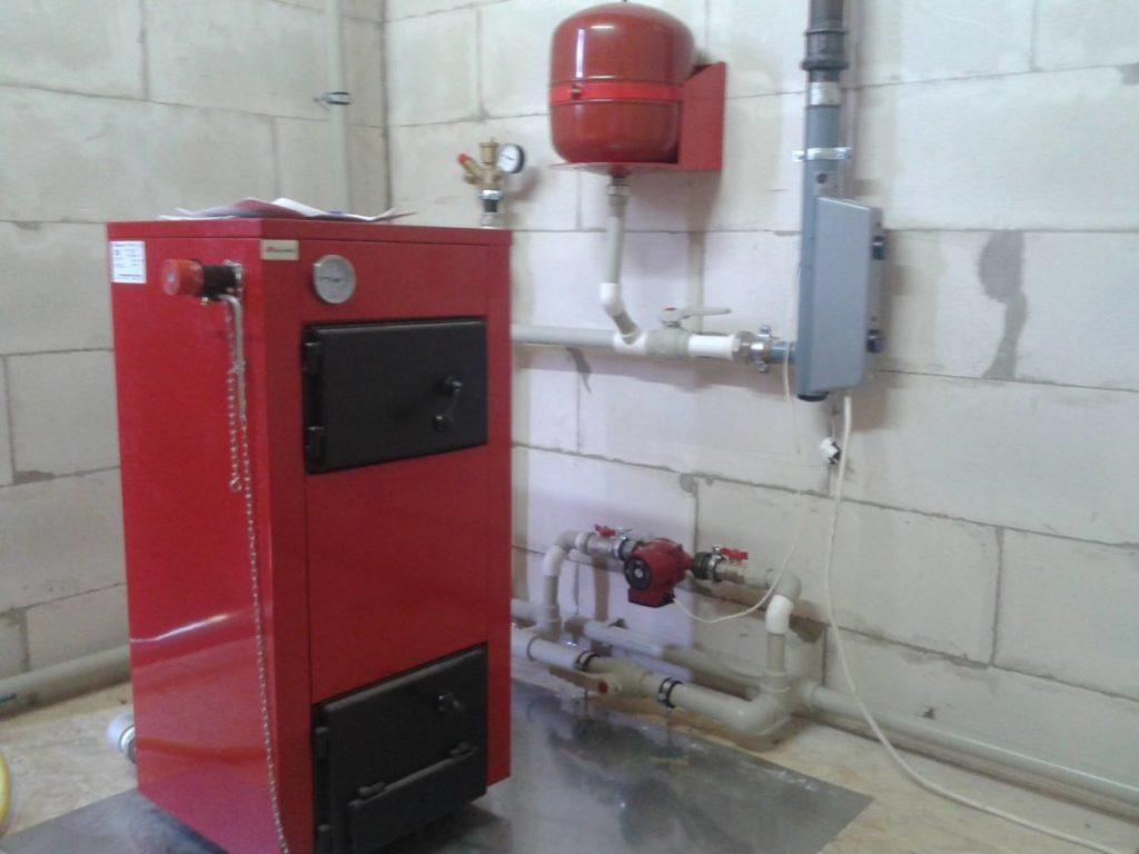 Параллельное подключение газового и твердотопливного котла