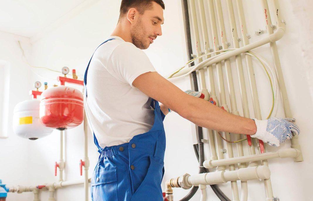 Как правильно сделать канализацию на даче и в частном доме своими руками