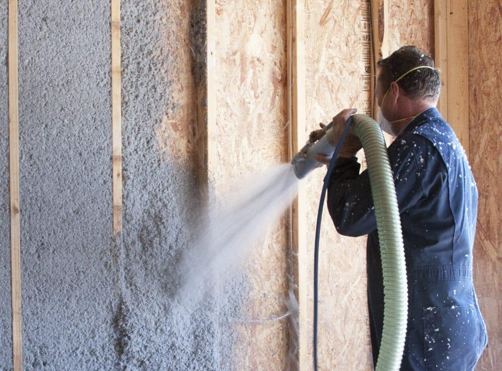Все способы задувки стен эковатой в одной статье