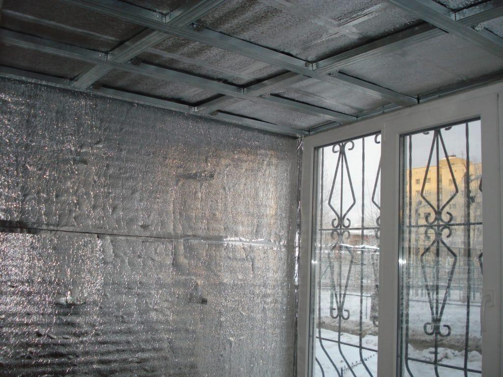 Чем утепляют кирпичный дом изнутри?