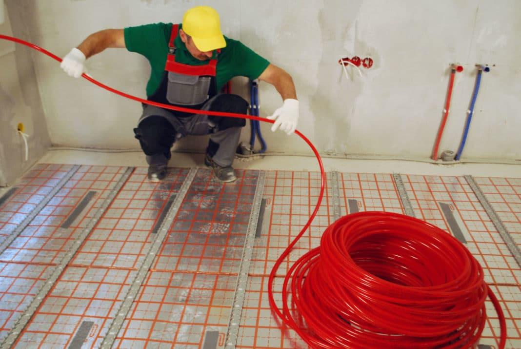 Как обнаружить утечку в теплом полу, спрятанном под бетонной стяжкой?