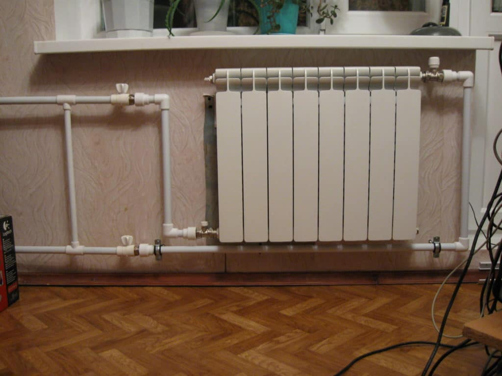Как произвести слив воды из системы отопления?