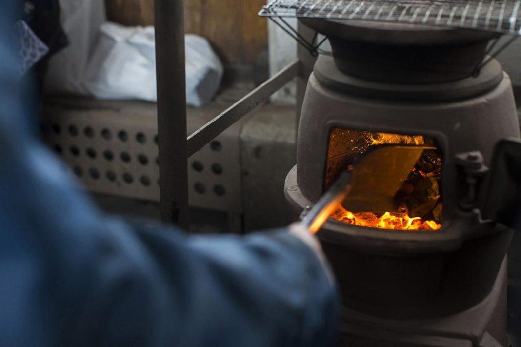 Огонь, вода и резиновая трубка: изобретение для повышения эффективности угольных печей