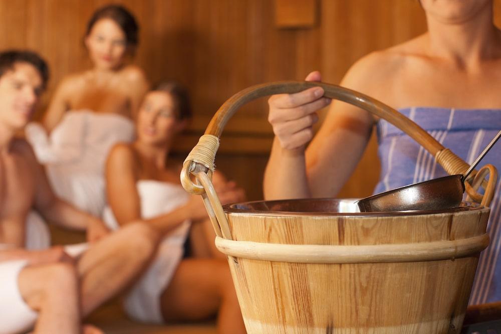 7 вещей, которые нужно взять с собой в сауну