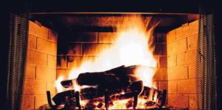 Как профессионалы разжигают камин