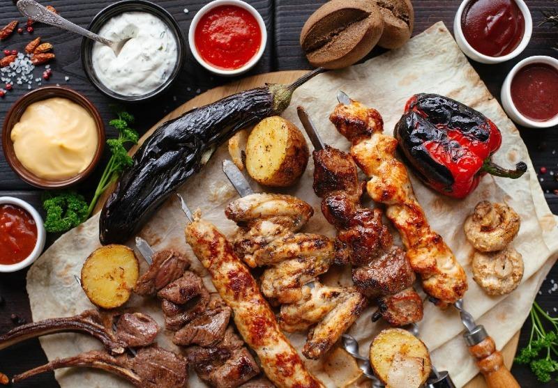 7 советов бывалых шашлычников, которые не дадут вам испортить мясо
