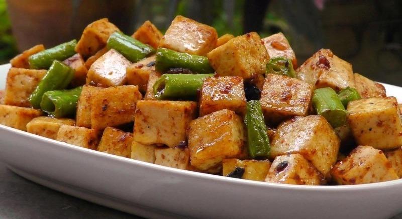 4 сорта сыра, которые не растекутся на гриле и станут изысканным блюдом