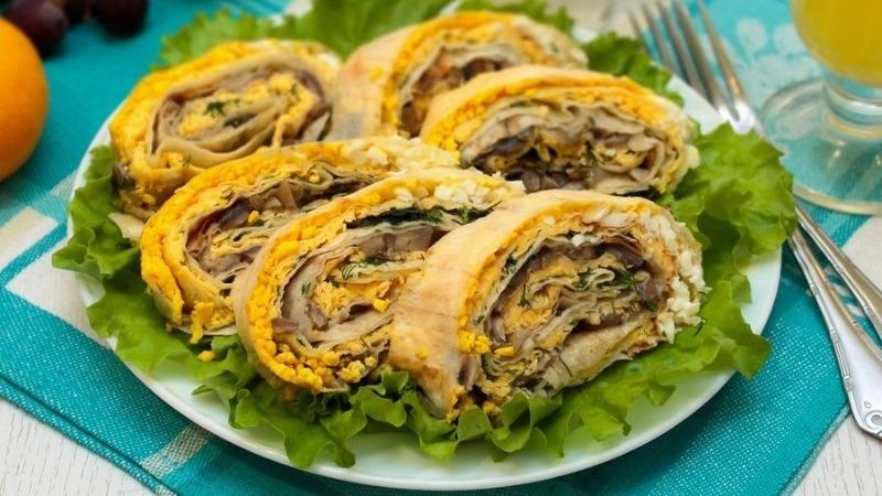 5 блюд из лаваша на мангале, которые можно есть без вилки и ножа