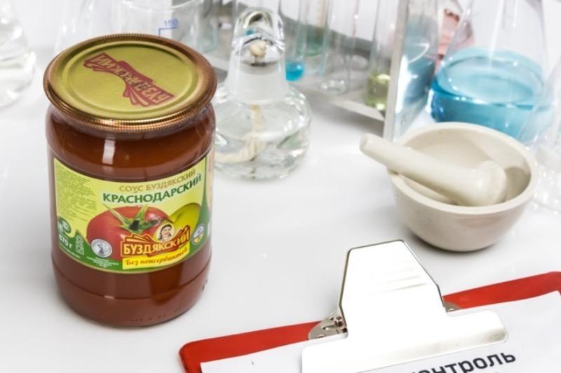 6 марок томатного соуса из черного списка Росконтроля, которые могут испортить любой шашлык