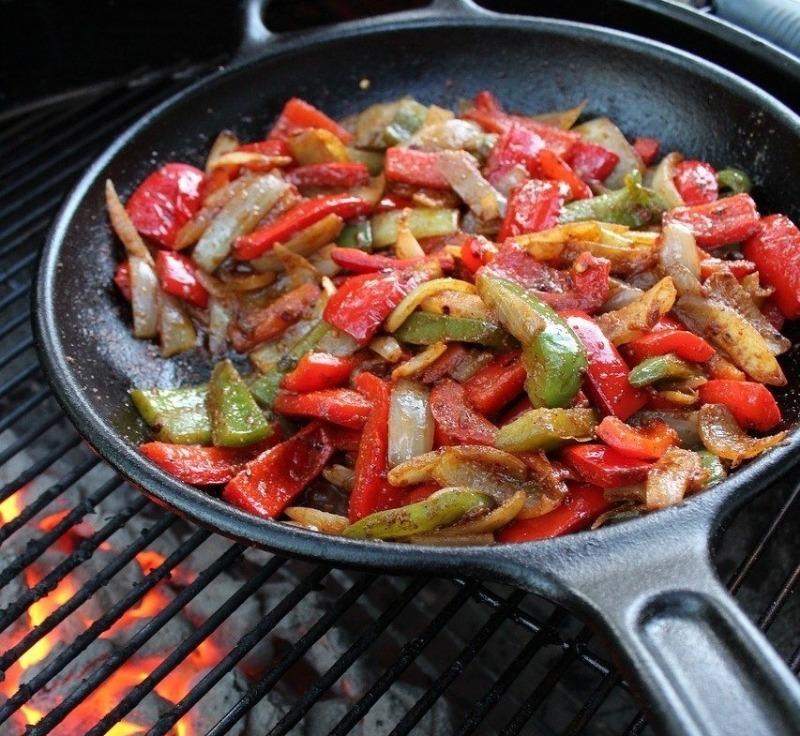 Барбекю для настоящих ковбоев: 3 рецепта вкусных блюд на природе
