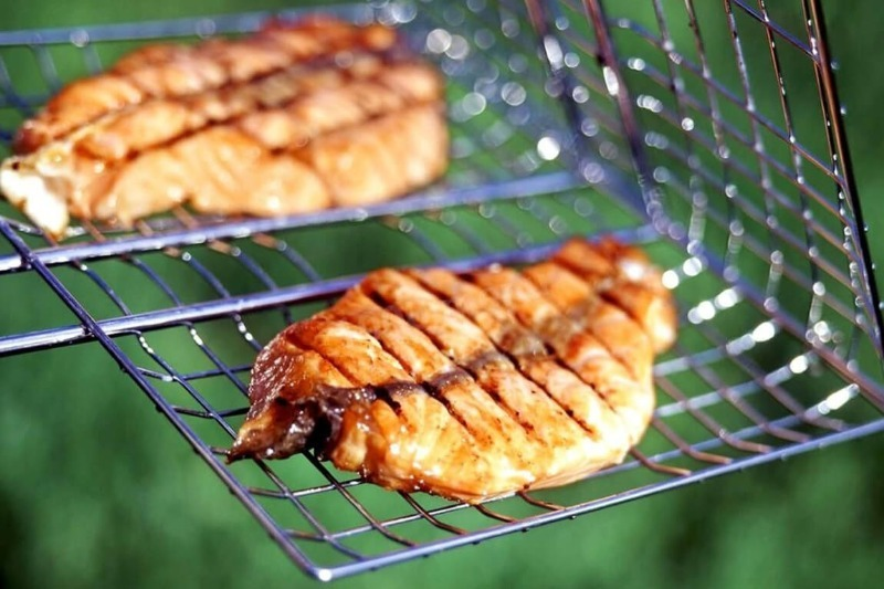 Пожарила шашлык из рыбы: не могли остановиться, пока весь не съели