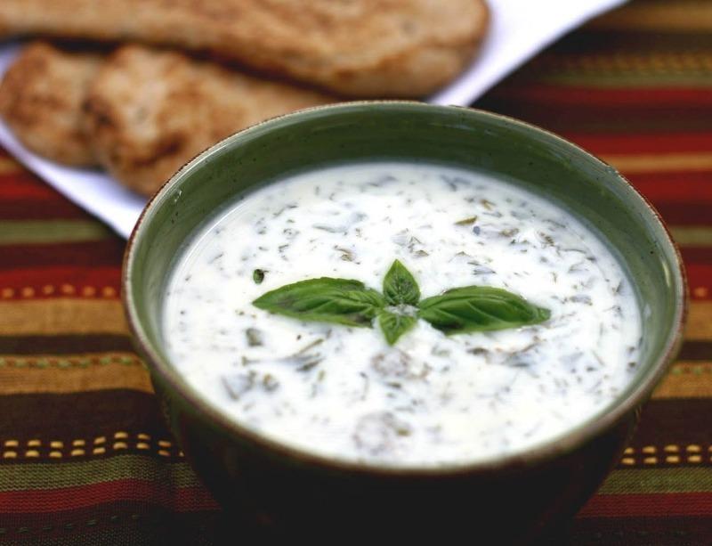 Вместо окрошки: 5 холодных супов, которые любят есть в жару в других странах