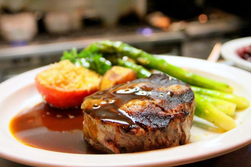 5 соусов к барбекю, которые изящно подчеркнут и не испортят вкус мяса