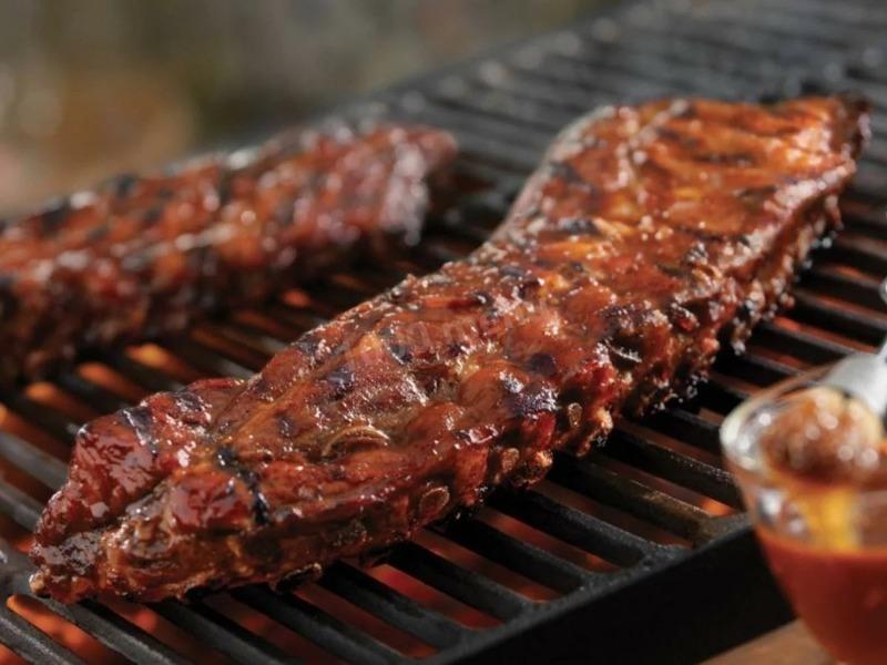 3 рецепта блюд на костре с дразнящим ароматом жареного мяса