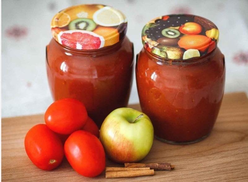 Пальчики оближешь: 5 рецептов кетчупа с яблоками к шашлыку или для консервации на зиму