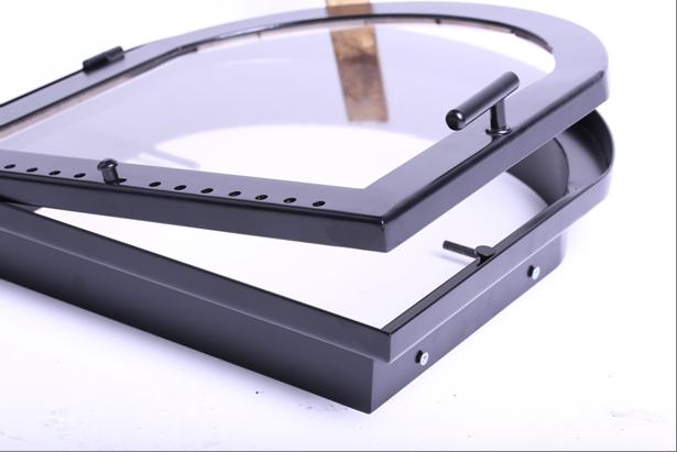 Установка стеклянной топочной дверцы кирпичной печи