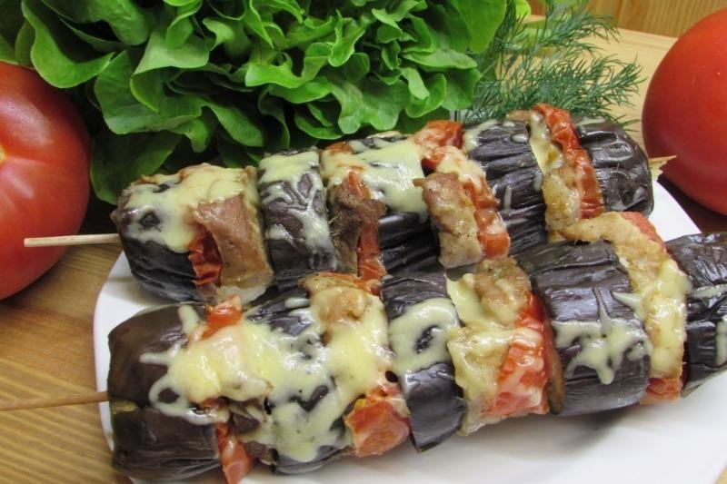 Баклажан-шашлык: 3 вкусных рецепта, сочетающих мясо и гарнир