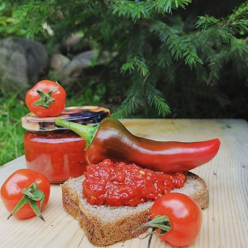 Кухня Кавказа: 5 традиционных соусов к мясу, без которых не садятся есть